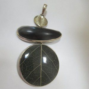 Silpada S2123 Black Ebony wood Leaf pendant